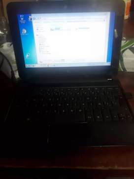Vendo mini laptop básica compaq CQ10-400