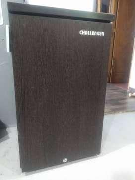 Mini Nevera Challenger