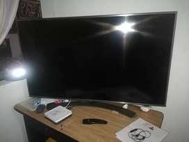 """TV de 55"""" marca LG"""