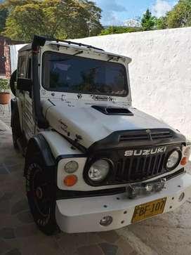 Vendo Suzuki LJ 80 Full Estado