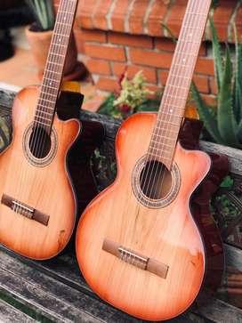 Guitarras  Acusticas en Pino trivillo, mastil en ebano
