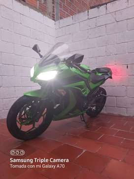 Venta de moto kawasaki ninja ex 300