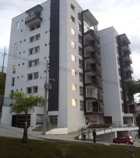 Venta de Apartamento en Campohermoso - Villa Pilar sobre la Avenida principal Bernardo Arango en la glorieta de Bata.