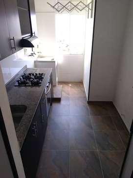 Venta de Apartamento en Conjunto Cerrado Torres del Mediterráneo, remodelado.