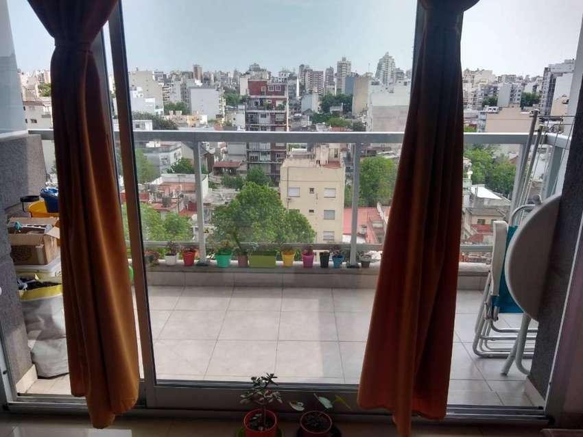 DUEÑO ALQUILA, 2 AMBIENTES, Almagro, impecable, edificio categoria (sin muebles) 0