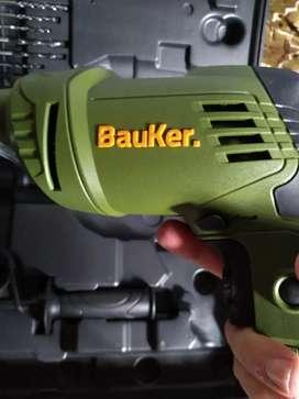Taladro BAUKER