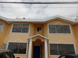 Casa De Venta 206,51 m2 /  148000 ; Renta 450 - Sector Carcelen (yambal)