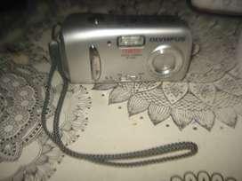 Camara De Fotos Olympus D 435 Funciona No Envio