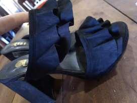 Zapatos de dama usados