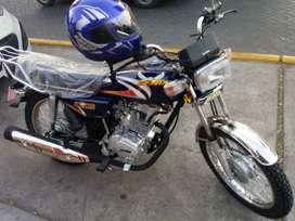 Se alquila moto por dia totalmente nueva
