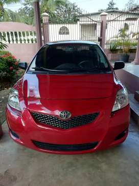 Toyota yaris advance 2013