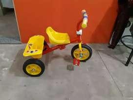 Triciclo hace tu encargué para fiesta