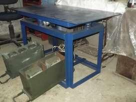 Mesa vibradora para fabricar ladrillos de concreto y moldes en general