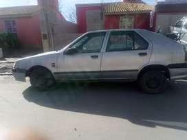 Vendo o permuto Renault 19