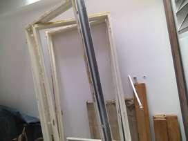 Vendo Marcos metalicos para puertas