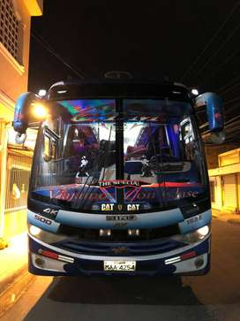 SE VENDE BUS DE TRANSPORTE HINO AK - 2016