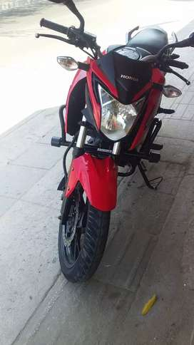 Se vende moto honda 160