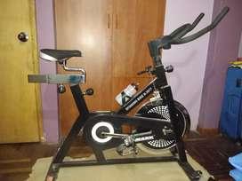 Vendo Bicicleta de Spinning marca Monark