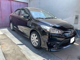 Toyota Yaris Advantage 2017 / Mecánico 1.3 / Impecable