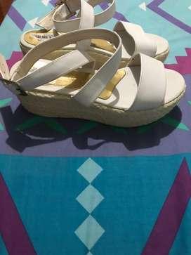 A la venta lindos zapatos para dama