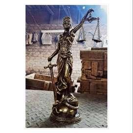 dama de justicia de bronce