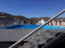rq95 - Departamento para 2 a 4 personas con pileta y cochera en Villa Carlos Paz