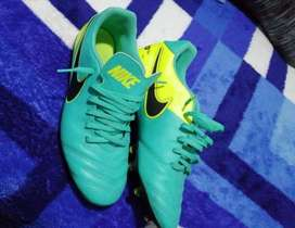 Chimpunes Nike tiempo