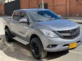 Mazda bt 50 full modelo 2015 automática