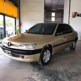 Peugeot 306 1.8 -1997 .