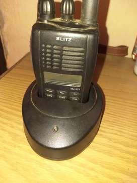 Handy VHF marca Blitz MJ327