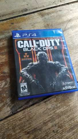 Calle of duty black OPS 3 PS4 usado