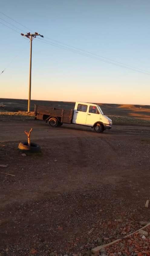 Vendo camión doble cabina 0