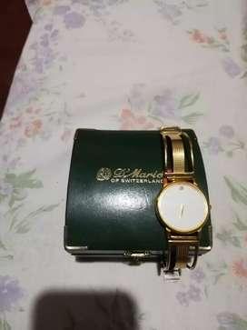 Vendo reloj d Mario nuevo enchapado original d mario