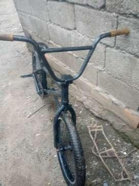 Vendo BMX a 5.000