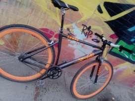 Bicicleta fixie  NEGOCIABLE!!