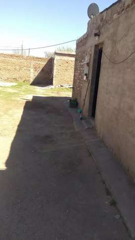 Vendo monohambiente +baño y una piesa al fondo patio cerrado