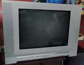 "TV _ LG  21"" FLATRON"