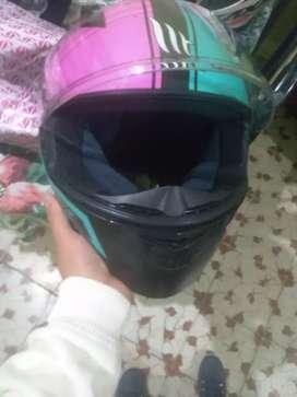 Vendo casco MT original certificado en buen estado talla S
