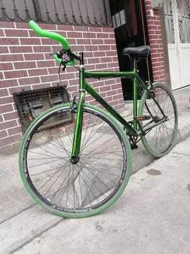 Vendo bicicleta fixie verde