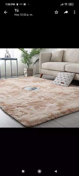Hermosa alfombra 2 metros x 150
