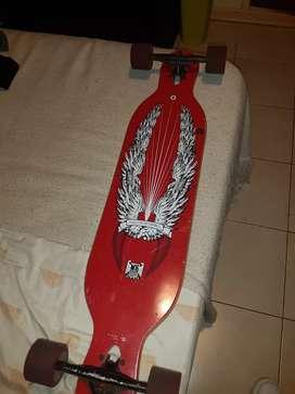 Vendo longboard marca M-16