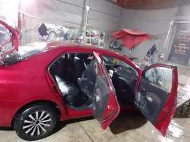Vendo auto TOYOTA YARIS Japonés