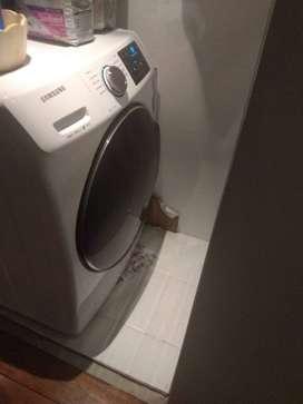 Se vende lavadora samsung usada como nueva