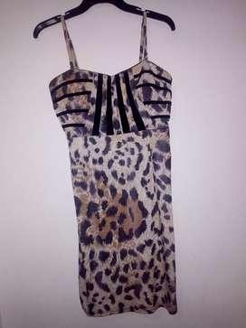 Hermoso vestido animal print