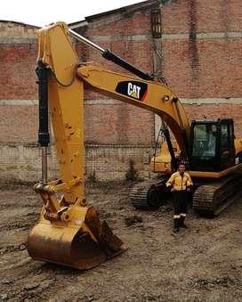 Operador multiple certificadop de maquinaria pesada para la excavacion
