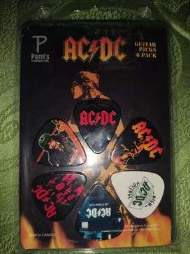 Plumas/Uñas/Picks  para guitarra diseño AC-DC pack de 6