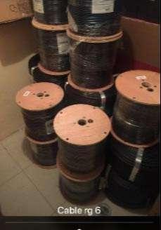 Bobina de cable coaxial categoría 5 y 6