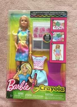 Barbie Crayola Diseños de Colores