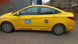 Se vende taxi con linea en Machala