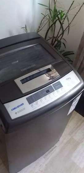 Se vende lavadora charllenger de 30 libras 3meses de garantia acarreo incluido